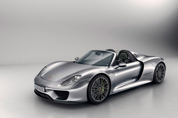 The Porsche 918 Is Hybrid Luxury Vehicle That Boasts All Of The  Environmentally Friendly Aspects But None Of The Perceived Weaknesses That  Come With A ...