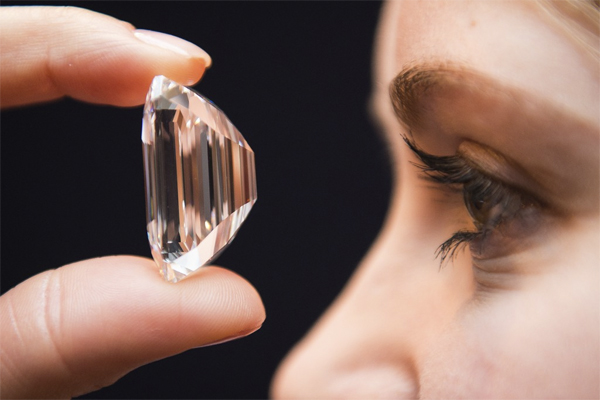 100-carat, Internally Flawless Diamond Auctioned Off In Dubai