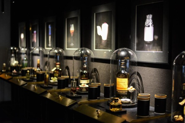 'Fragrances' Bar At The Ritz-Carlton, Berlin