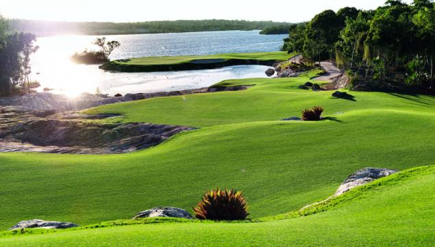 Jack Nicklaus-designed Golf Course Opens in the Bahamas