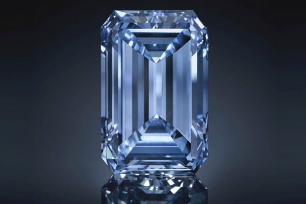 Oppenheimer Blue Diamond Smashes Expectations at Auction