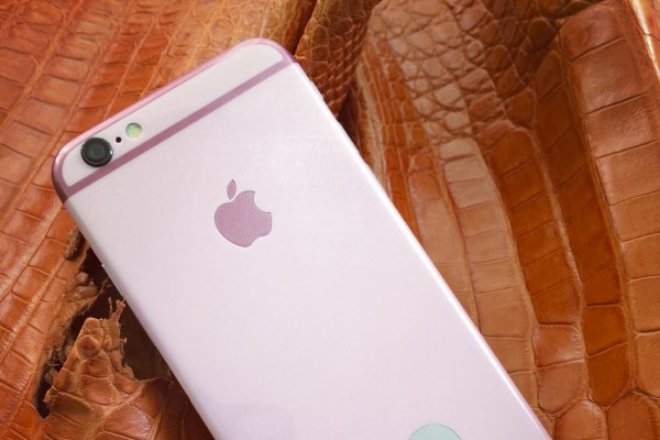 First-ever Pink iPhone 6