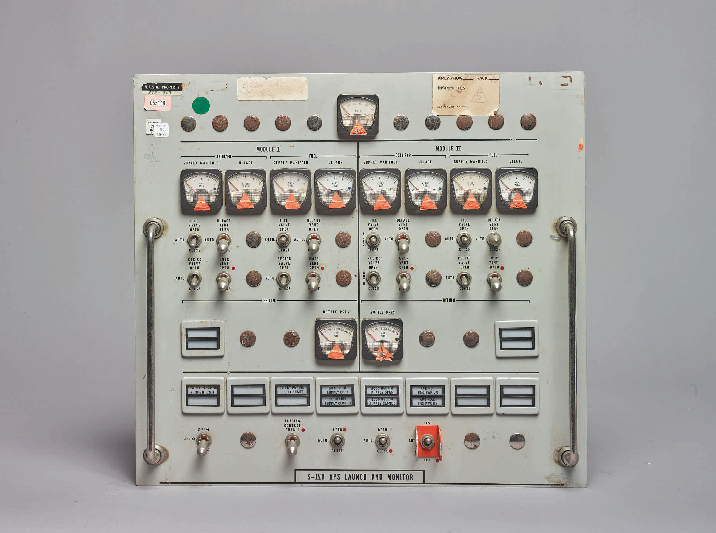 10096 Lot 105 - Apollo Firing Room Control Panels - S-IVB Aps Launch and Monitor (2 of 20 panels)