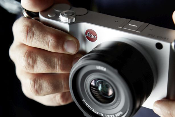 Leica's TL2 Camera Improves on Its Forerunner in Every Way