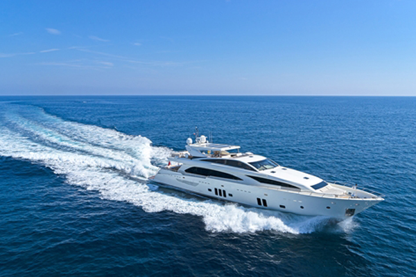 ARION Superyacht – Versatile, Stylish & Speedy