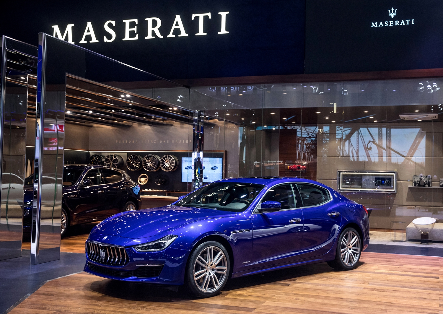 Small-14419-MaseratistandatAutoChina2018GhibliGranLussoMY18