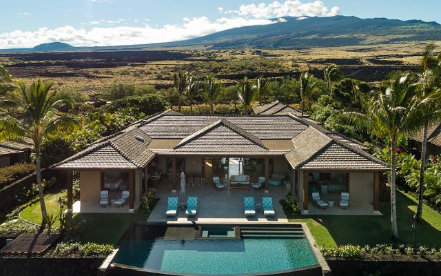 Sprawling Custom Villa In Hawaii Goes For $8,350,000