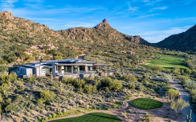 Modern, Minimalist Mountainside Estate Purchased For $7.5 Million