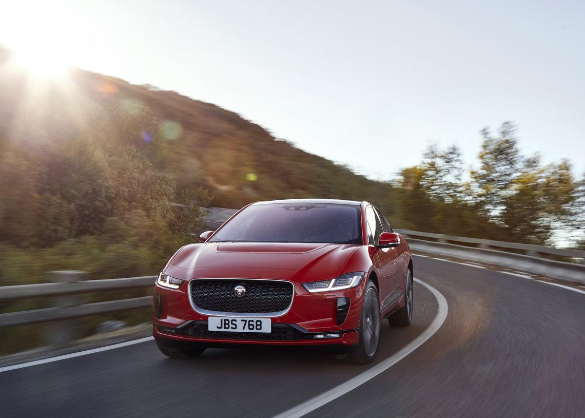 Jaguar's New I-PACE Sets Electric Trends