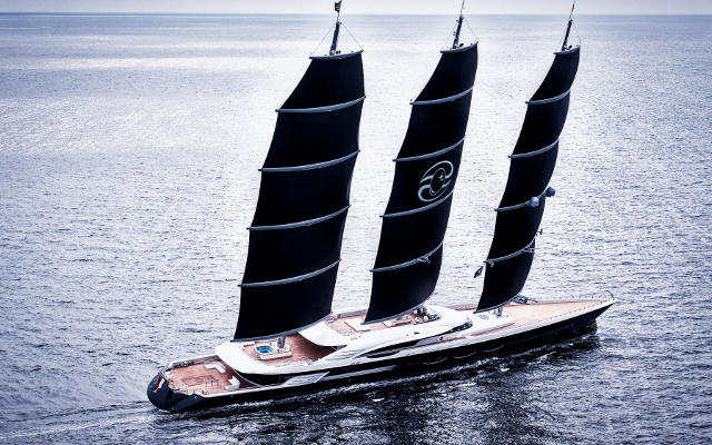 Oceano Delivers the World's Largest DynaRig Luxury Yacht