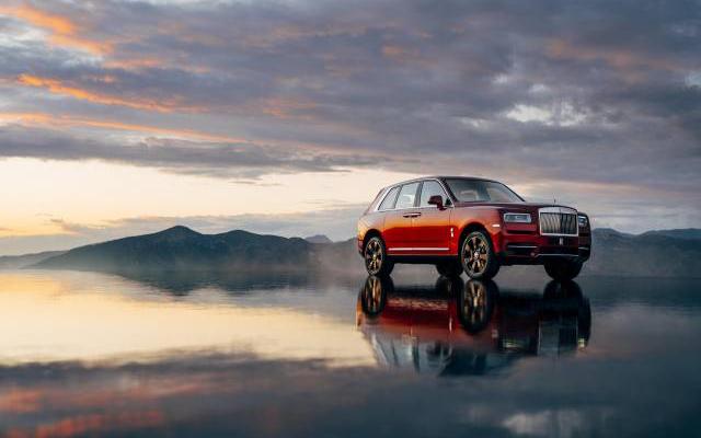 Rolls-Royce Cullinan: Effortless Luxury