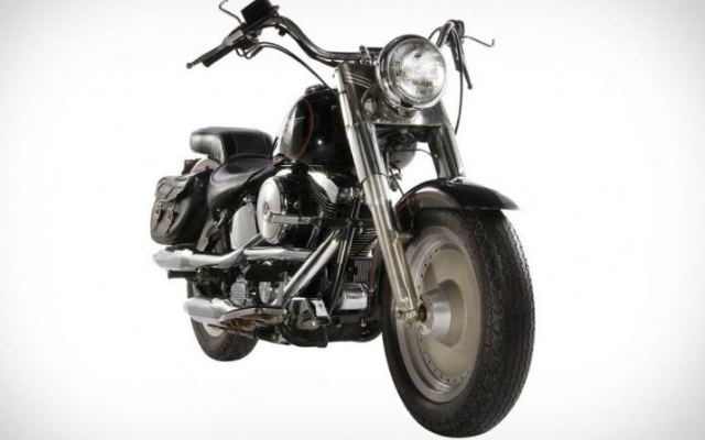 Legendary Harley Davidson from Terminator 2 up for Auction